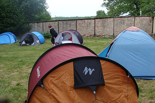Le camp est installé pour le week-end